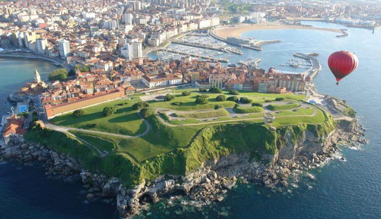 Hoteles para ir con tu mascota de vacaciones y turismo en Gijón