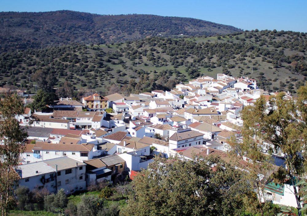 Hoteles que admiten perros en El Bosque en la provincia de Cádiz donde disfrutarás de un destino rural con mucho encanto